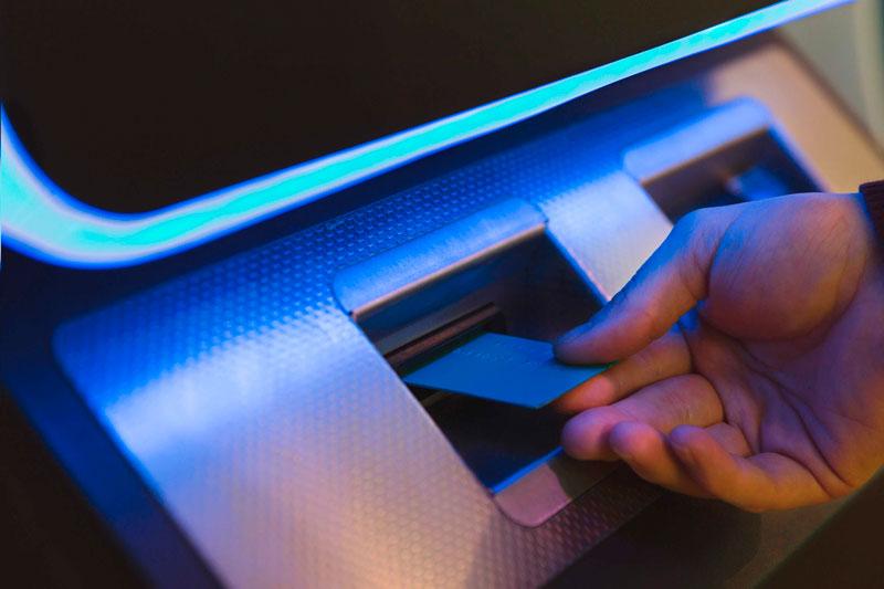 Полимерное защитное стекло для банкоматов и платежных терминалов