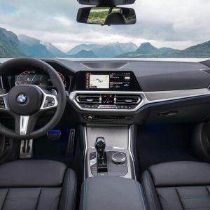 Защитное стекло BMW 3 (G20)
