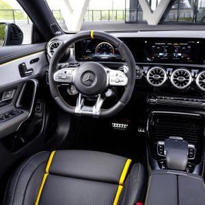 Защитное стекло Mercedes-Benz A-Class